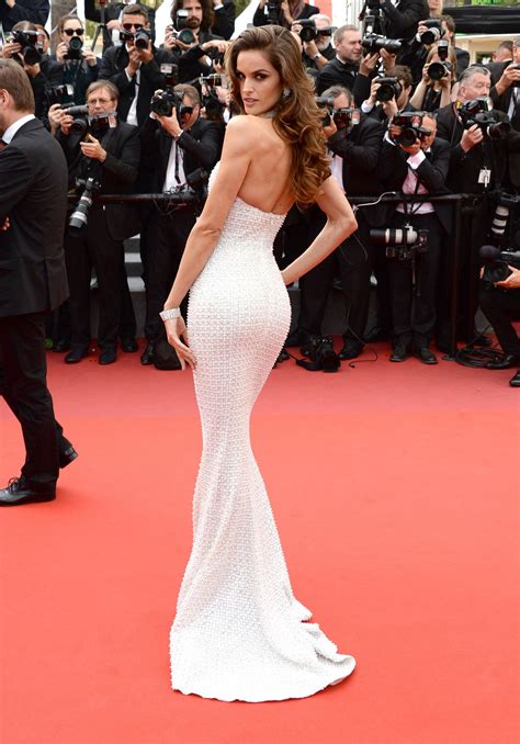 dress worn   supermodel  cannes film