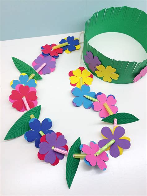 Craft For Kids Hawaiian Lei & Grass Crown