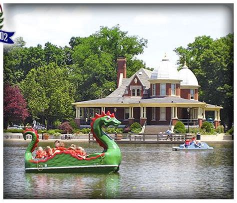 Paddle Boats The Woodlands by 1000 Images About Family Friendly Places To Play Peoria