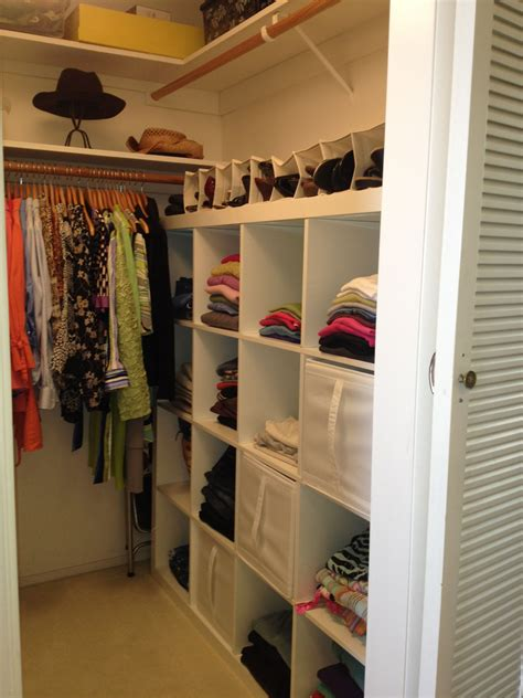 Wardrobe Closet For Small Spaces by I Like This 21 Small Walk In Closet Ideas And Organizer