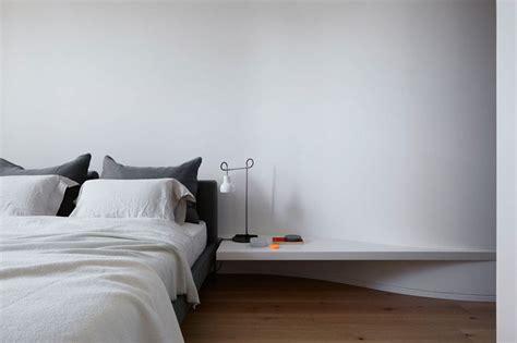 le de chevet chambre adulte table de chevet de design original 12 idées chic pour la