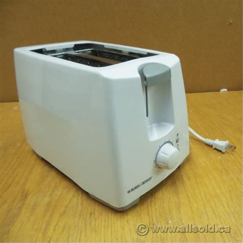 Black And White Toaster by White 2 Slice Black Decker Toaster T2101c Allsold Ca