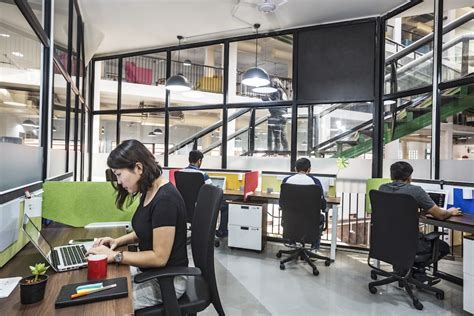 Office Space Manager by Manager Being A Community Manager In A Coworking Space