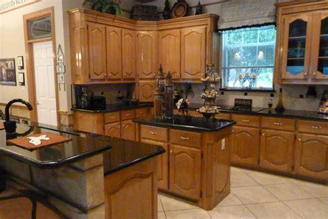 Black Kitchen Island With Granite Top Ideas ? Railing