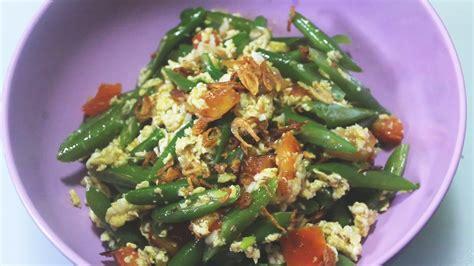 Tumis bawang putih dan bawang merah, terasi, cabai sampai harum. Resep Tumis Orak Arik Buncis - YouTube