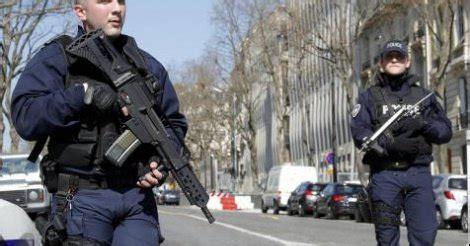 siege fmi attentat au siège du fmi fusillade dans un lycée