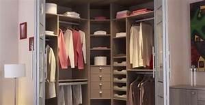Dressing Petit Espace : petit dressing petit dressing id e dressing petits espaces ~ Teatrodelosmanantiales.com Idées de Décoration