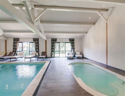 hotel piscine interieure paca le vallon de valrugues spa s 233 jour thalasso remy de provence thalasseo
