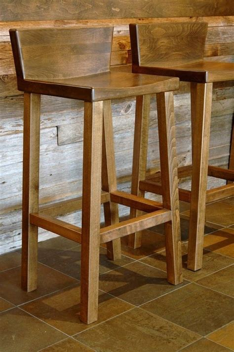 Wooden Bar Stools by Wooden Bar Stool With Back Woodworking Projects Amp Plans