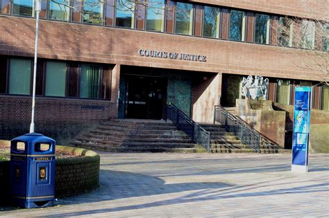 Portsmouth man goes on trial over murder of man who was ...