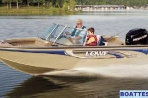 Fish And Ski Boat Buyers Guide by Fish And Ski Boat Buyers Guides
