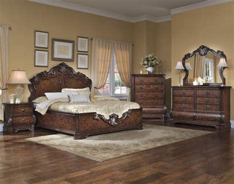 Pulaski Furniture 962 Wellington Manor 3pcs Queen Platform