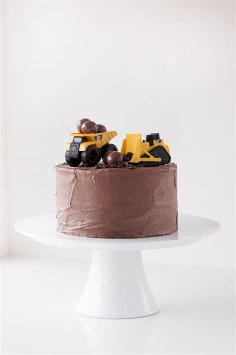 men birthday cakes ideas  pinterest