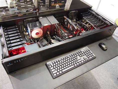 bureau corsair lian li tour at computex 2014 desk pc cases the