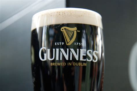 guinness  brewed  canada   beer drinker  super