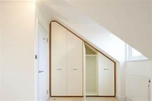 Kleiderschrank Für Dachschräge : begehbarer kleiderschrank unter dachschr ge ideen und planungstipps ~ Markanthonyermac.com Haus und Dekorationen