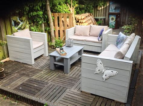 diy outdoor pallet furniture plans 19 insanely awesome diy pallet sofas that are worth 47242