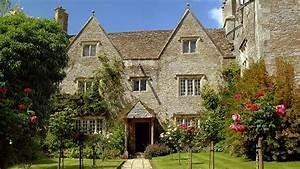 Welcome to Kelmscott Manor