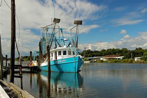 Shrimp Boat Pics by A Shrimp Boat On Bayou Lafourche Louisiana Boats My