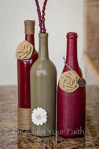 decorating wine bottles 40 DIY Wine Bottle Projects And Ideas You Should ...