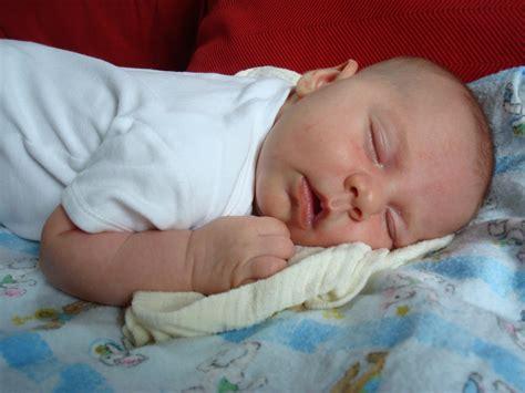 Unhealthy Sleep Habits Or A Temporary Infant Sleep