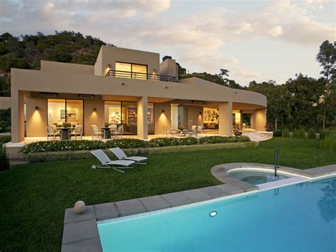 Beautiful Modern House In Montecito