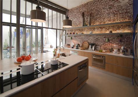 cuisine en brique et verriere maison de rêve