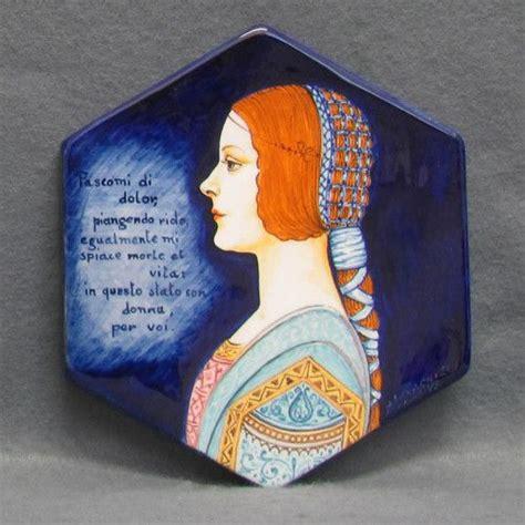 cafã personaggi ritratto di donna rinascimentale su maiolica the