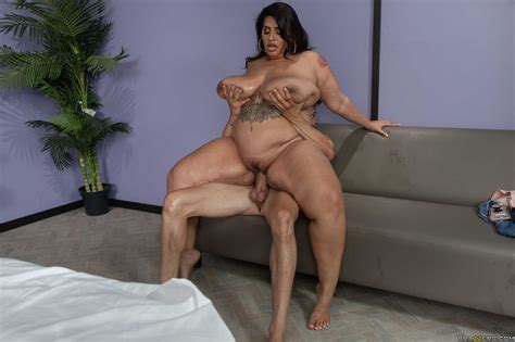 Fat Latina Sofia Rose With Big Tits And Ass Has Sex With A