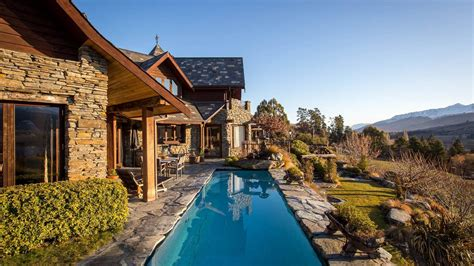 luxury accommodation  queenstown stoneridge estate