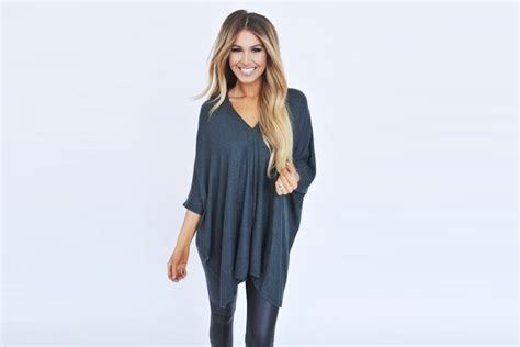 Larace Share Women Tunic Tops To Style With Leggings