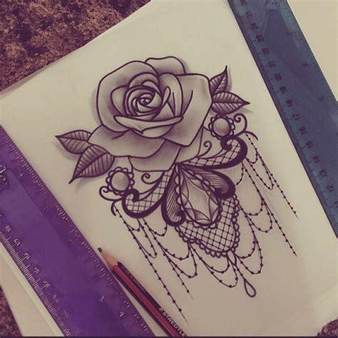 Tatouage Plume Et Rose