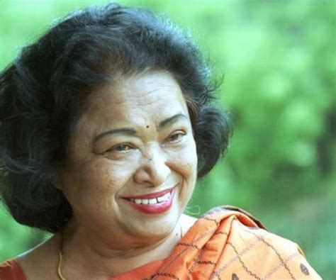 shakuntala devi biography childhood life achievements