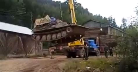 Round Boat Lift Tanks by Rookie Crane Operator Lifts Tank What Could Go Wrong
