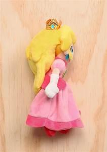 Super Mario Peach Princess Peach 8quot Plush Newbury Comics