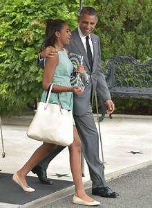 How Barack Obama and daughters Malia and Sasha stole show ...