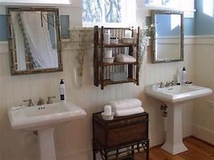 Colonial Bathrooms HGTV