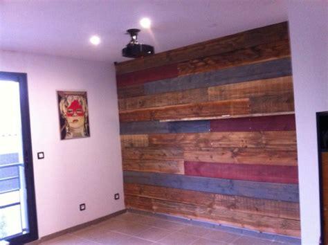 but meuble de cuisine mur en planche de coffrage sapin vieilli