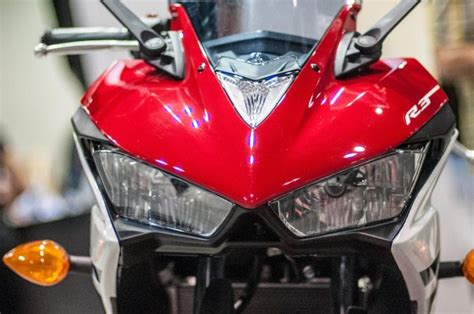yamaha yzf  launch review price feature specs