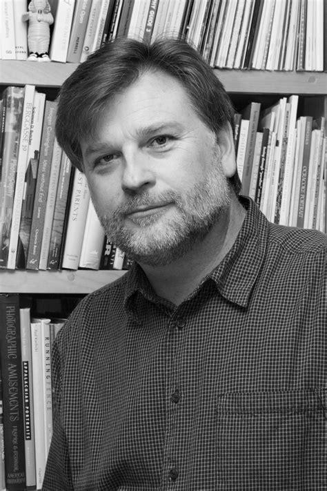 mark sloan curator wikipedia