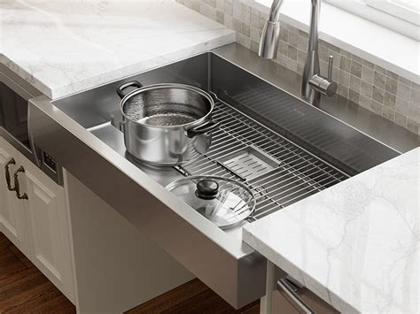 elkay  dual depth stainless steel farmhouse sink