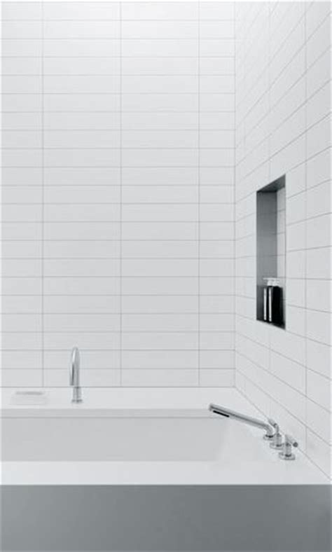 4x16 subway tile bathroom 1000 ideas about subway tile bathrooms on