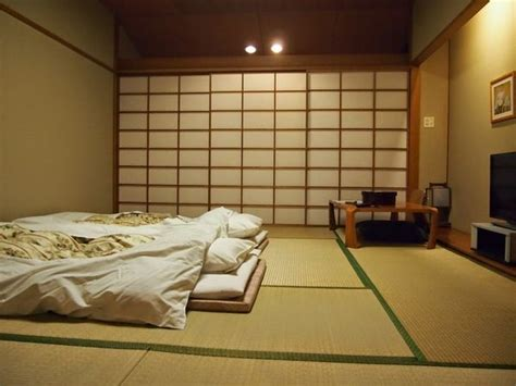 Traditional Japanese Bedroom Futon Bed Tatami Floor Cover