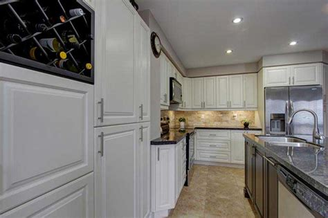 difference between kitchen and bathroom cabinets differences between refacing and refinishing