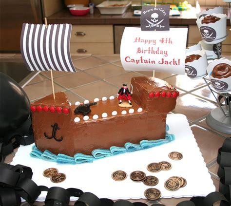 pirate ship cake  inspire  tiny crew