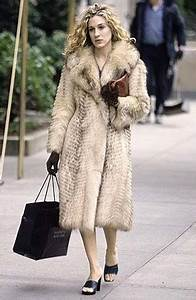 24 Memorable Carrie Bradshaw Outfits - AOL News