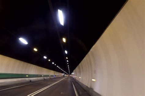 hors de contr 244 le l incendie du tunnel du mont blanc le 21 03 224 20h50 sur rmc d 233 couverte