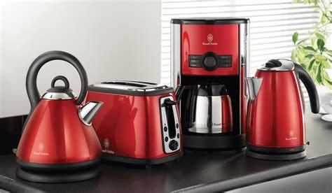 wasserkocher toaster set retro cottage bei hobbs der tradition verpflichtet wasserkocher toaster und digitale