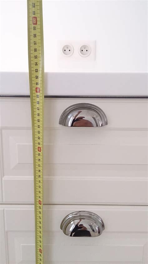 norme prise cuisine prise électrique pour plan de travail la bonne hauteur