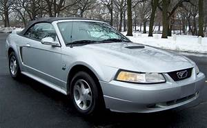 Silver 2000 Ford Mustang GT Convertible - MustangAttitude.com Photo Detail